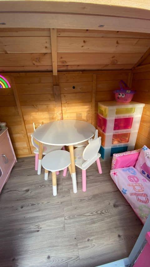 Christine's BillyOh Gingerbread Junior Playhouse Interior2