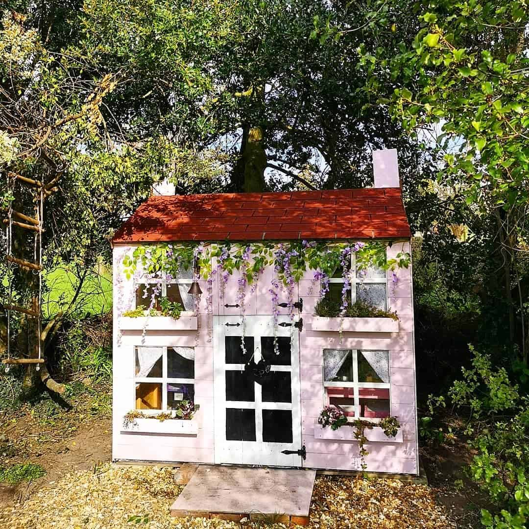 BillyOh Gingerbread Max Reverse Apex tongue and groove wooden playhouse