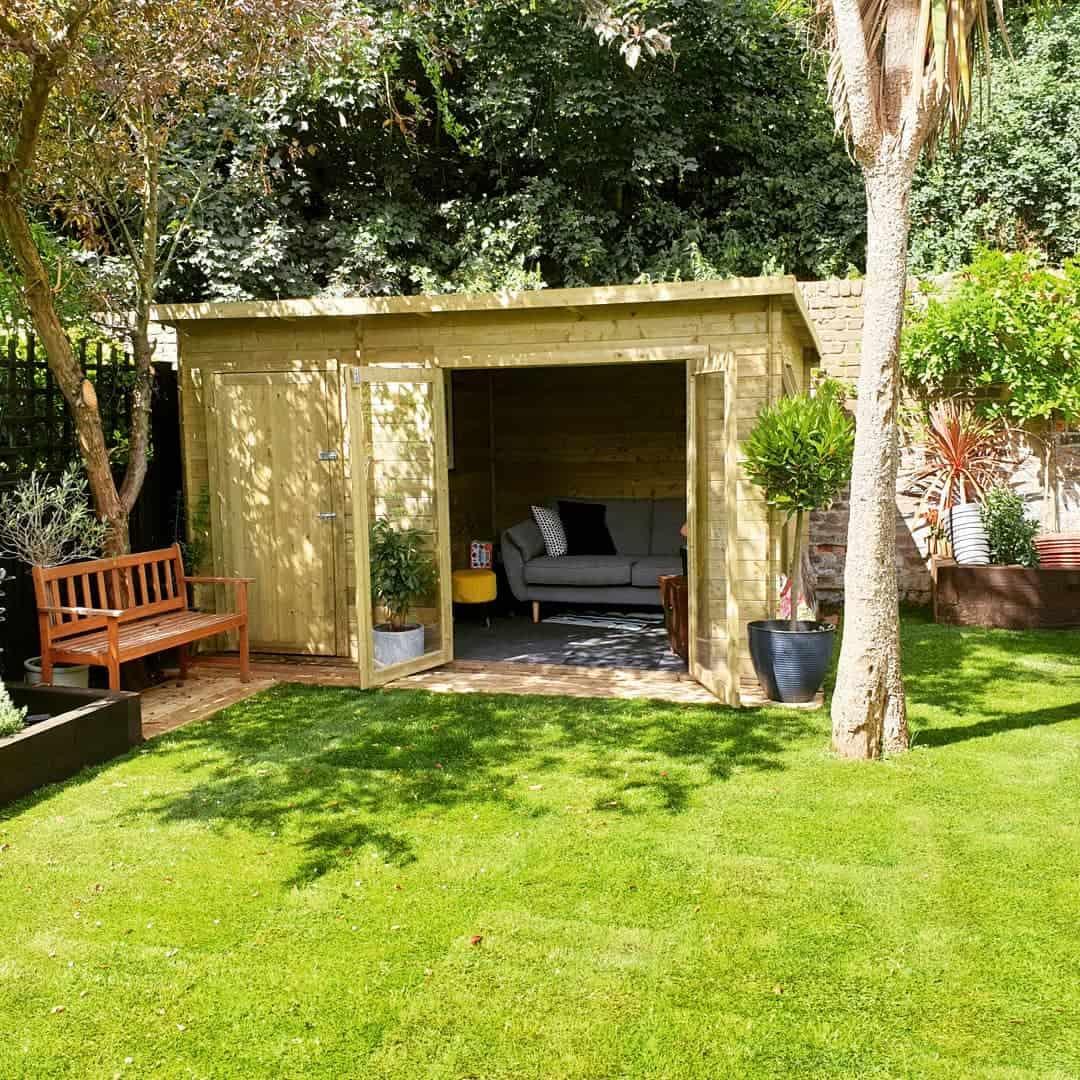 @joilyc BillyOh Tianna Pent roof wooden summerhouse exterior