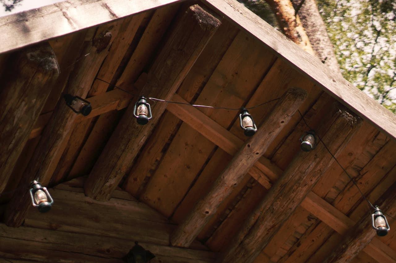 Hanging Log Cabin Lights