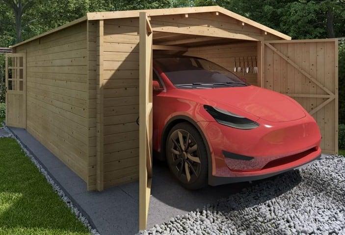 wooden garage benefits