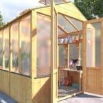 Polycarbonate VS. Wooden Greenhouses – 11 Polycarbonate Advantages