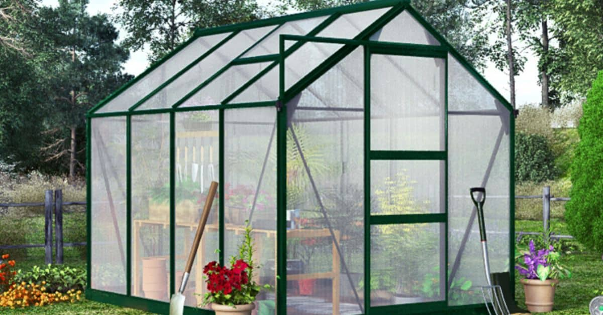 the-9-advantages-of-a-polycarbonate-greenhouse-over-a-glass-one